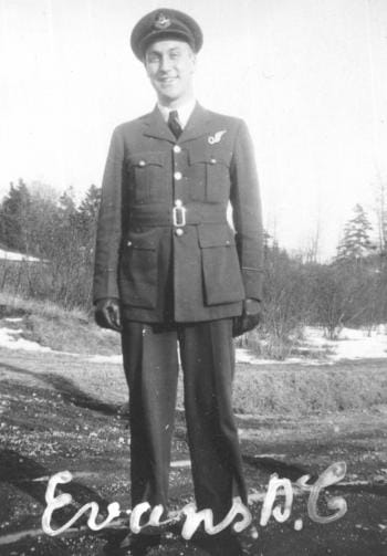 Cliff Evans posing in his Air Force uniform, Second World War