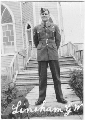 Glen Lineham in his Air Force uniform during World War Two.