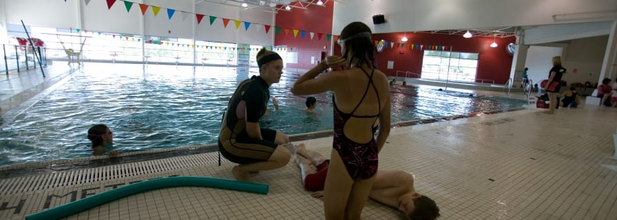 Lifesaving Course Aquatics Centre Pool Swim Lesson