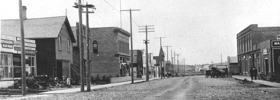 Okotoks Street Scene, 1910 ca., Museum and Archives